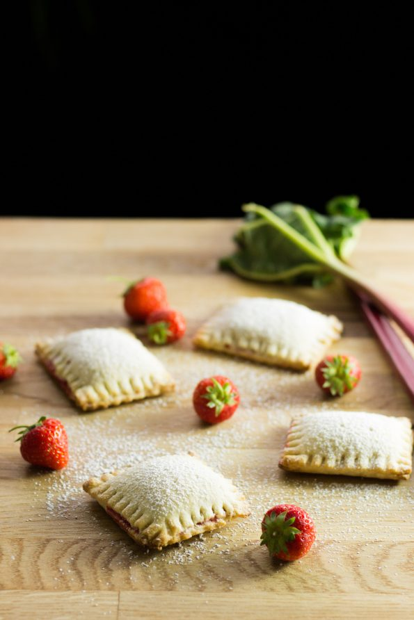 rhubarb_strawberry_pockets_7