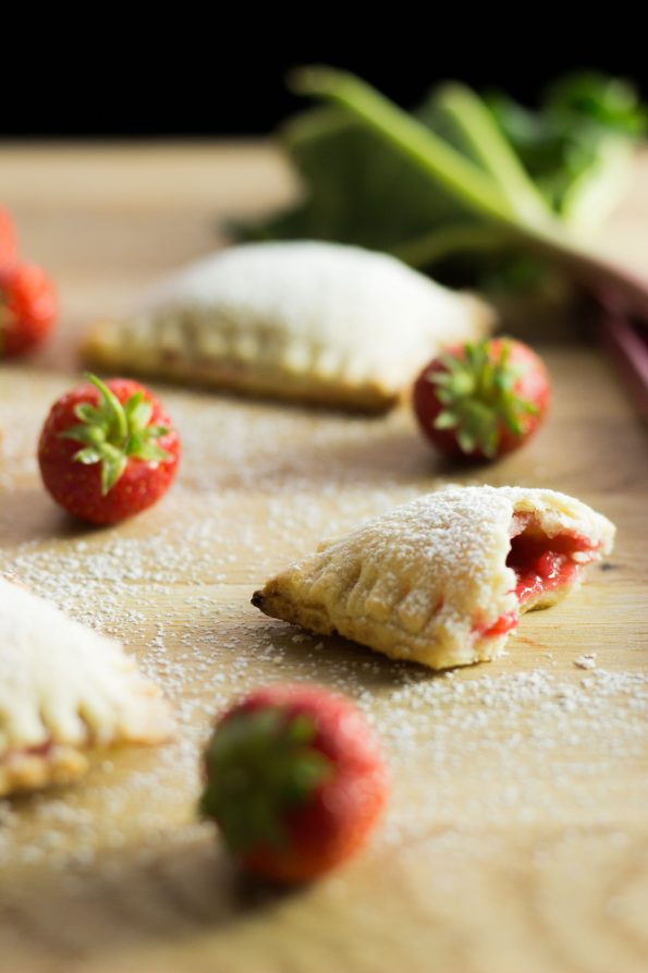 rhubarb_strawberry_pockets_8